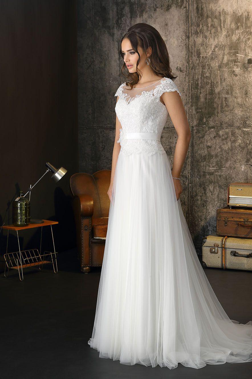 Romantisches Boho Brautkleid aus Tüll und Spitze (mit ...
