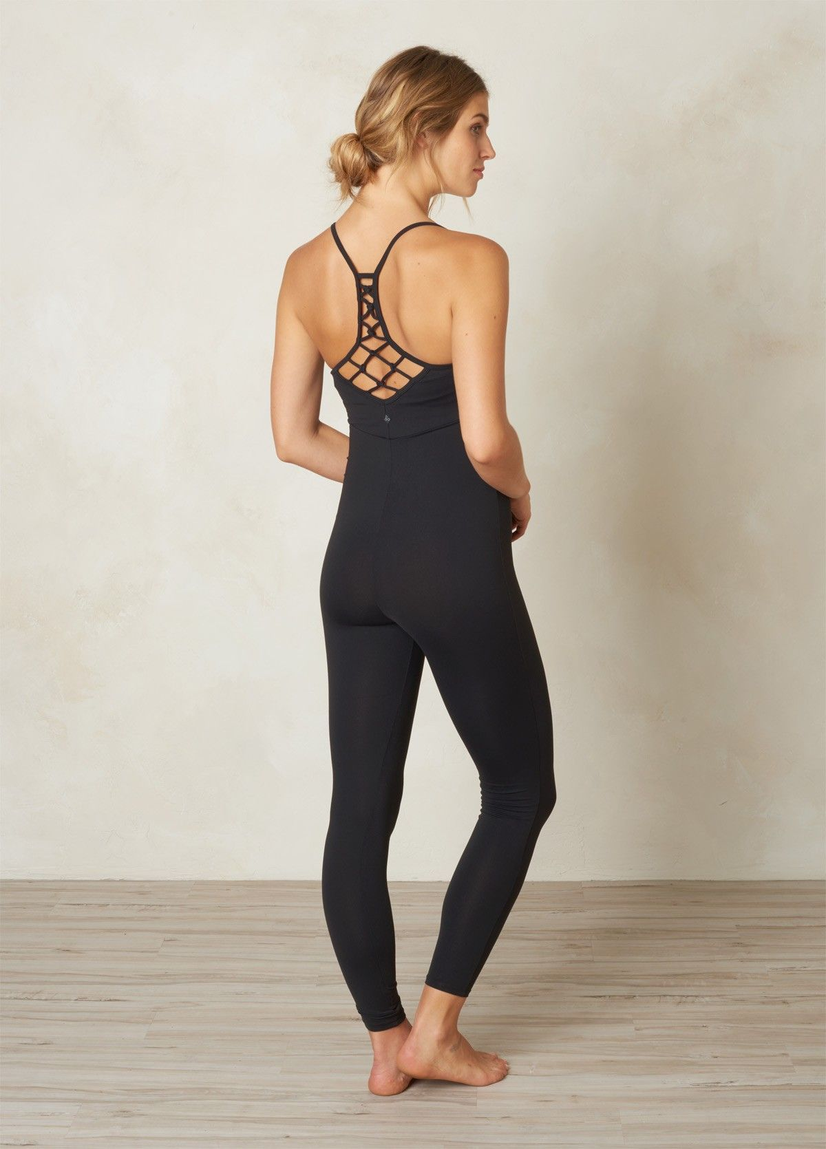 Yoga clothes for women uk