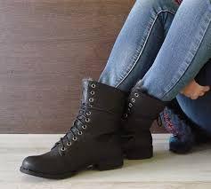 5c6fbd91064 Resultado de imagen para botas para mujer con cordones negras | Ropa ...