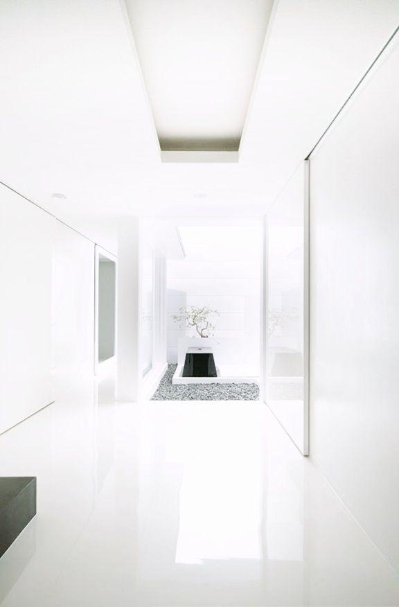 FORM/Kouichi Kimura Architects-House of Depth -Shiga,Japan2007.