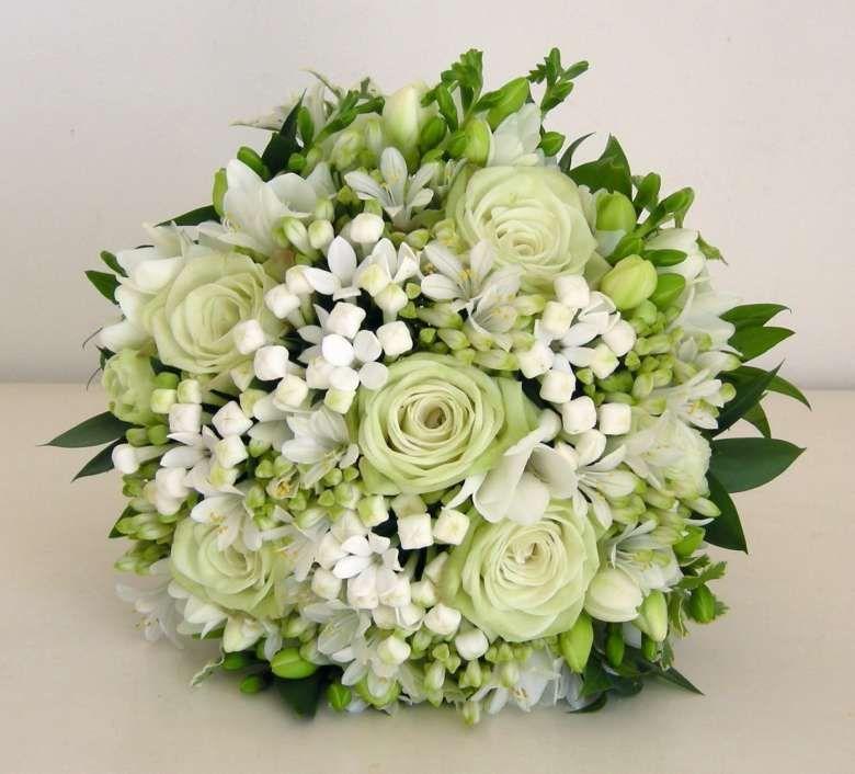Bouquet Sposa Fresie.Bouquet Sposa Rose Fresie E Bouvardie Flower Bouquet Wedding