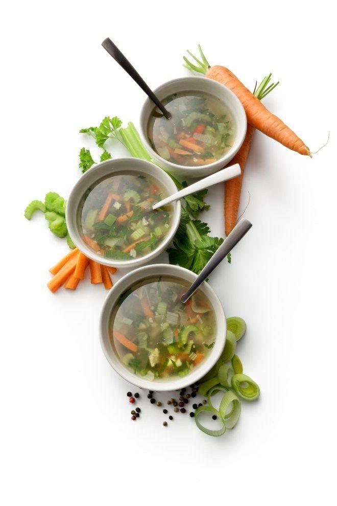 Les meilleures recettes de soupes détox pour soulager notre foie ! -  - #Detox #foie #les #meilleures #notre #pour #Recettes #soulager #soupes #soupedetoxminceur