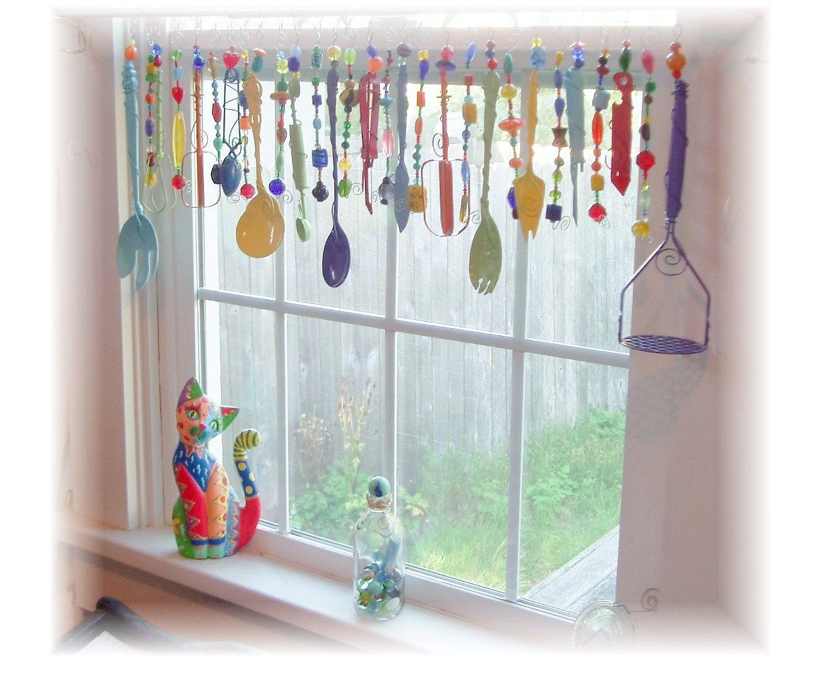 Kitchy Kitchen Decor: Super Kitschy Colorful Whimsical Kitchen Window Treatment