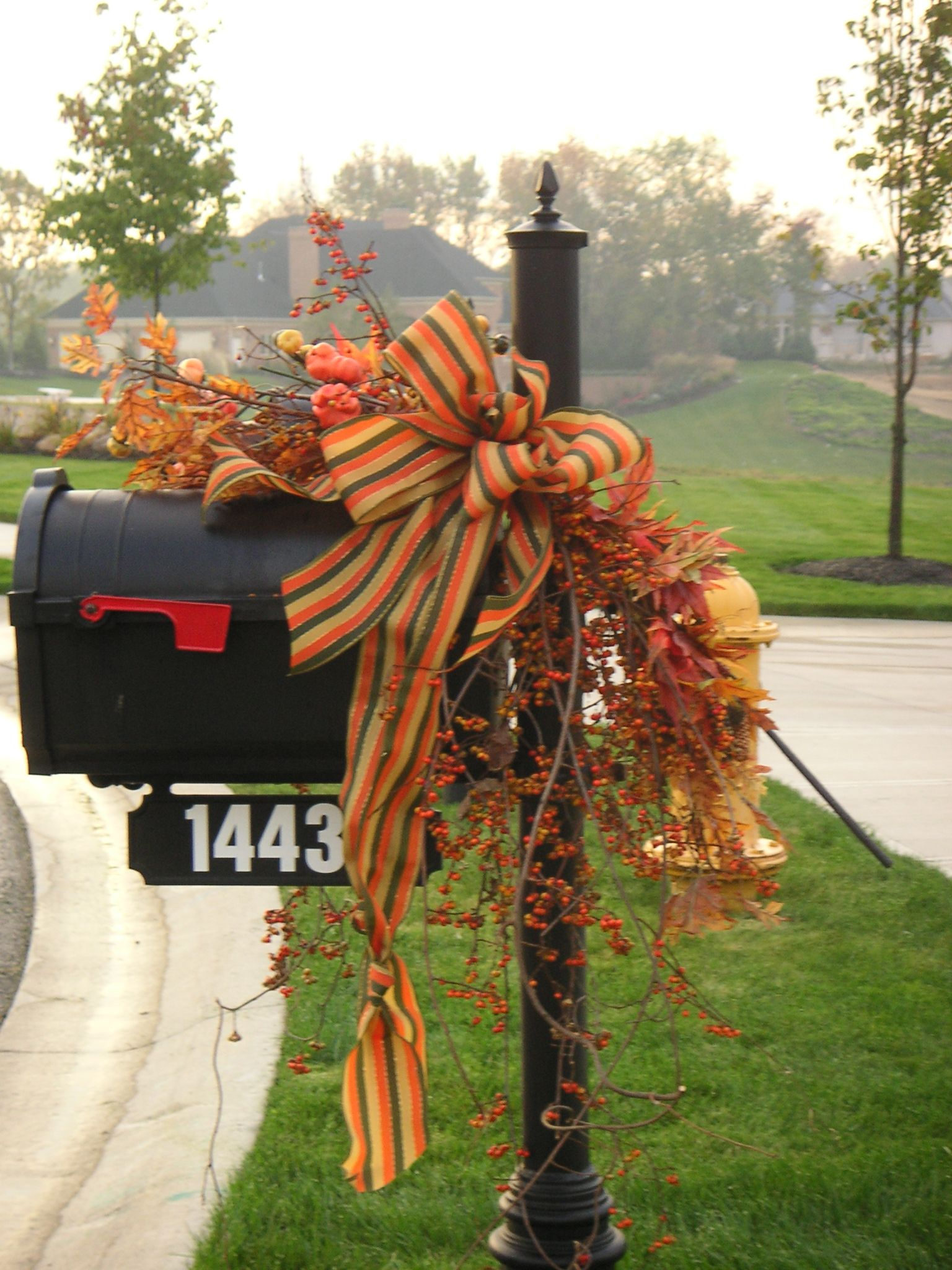mailbox decorations for fall