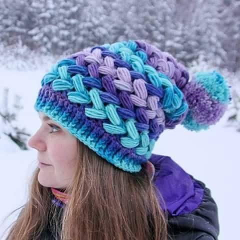 crochelinhasagulhas: Touca colorida em crochê