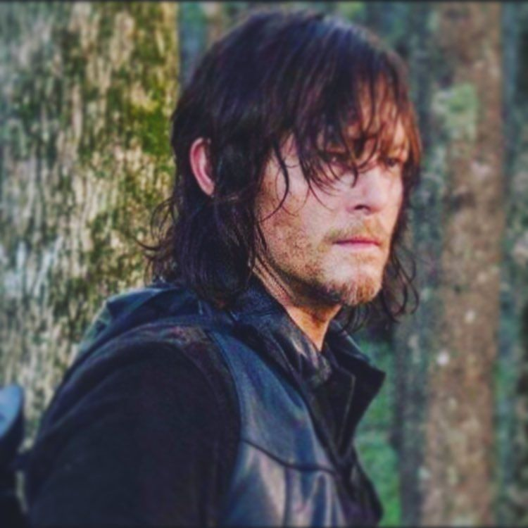 It's going to be a long 6 months when you realize last night was only week1 missed #thewalkingdead but @feartwd was pretty good!! #normanreedus #daryldixon #twdcast #twdfamily #FearTWD by madreeduslove