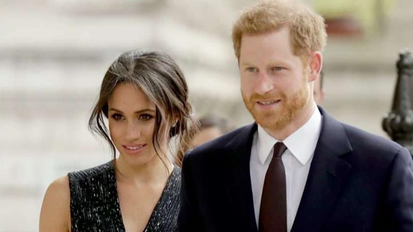 Fox News Queen Elizabeth Reportedly Blindsided By Prince Harry Meghan Markle Stepping Back From Royal Duties Hollywood Giochi Paralimpici Oprah Winfrey