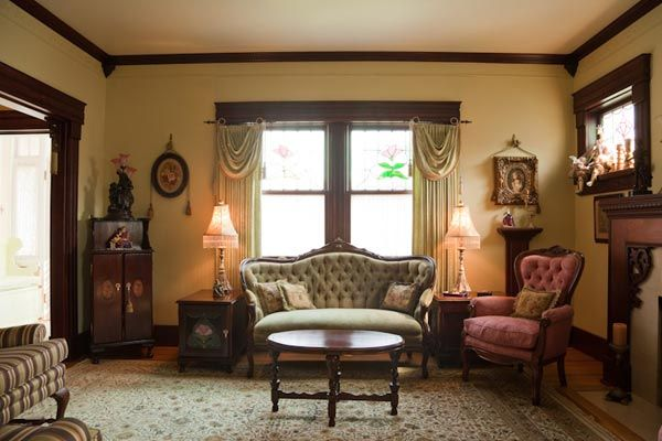 5 Tips To Remove The Musty Smell From Wood Furniture Victorian Living Room Furniture Victorian Living Room Victorian Home Decor