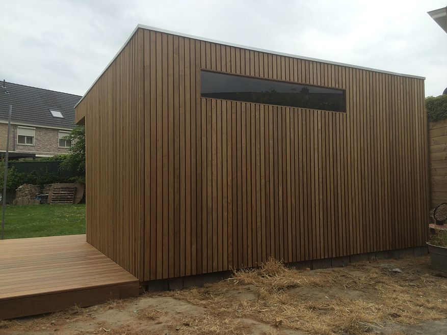 Modern tuinhuis in thermowood blok tuinhuizen en poolhouse pinterest - Maak pool container ...