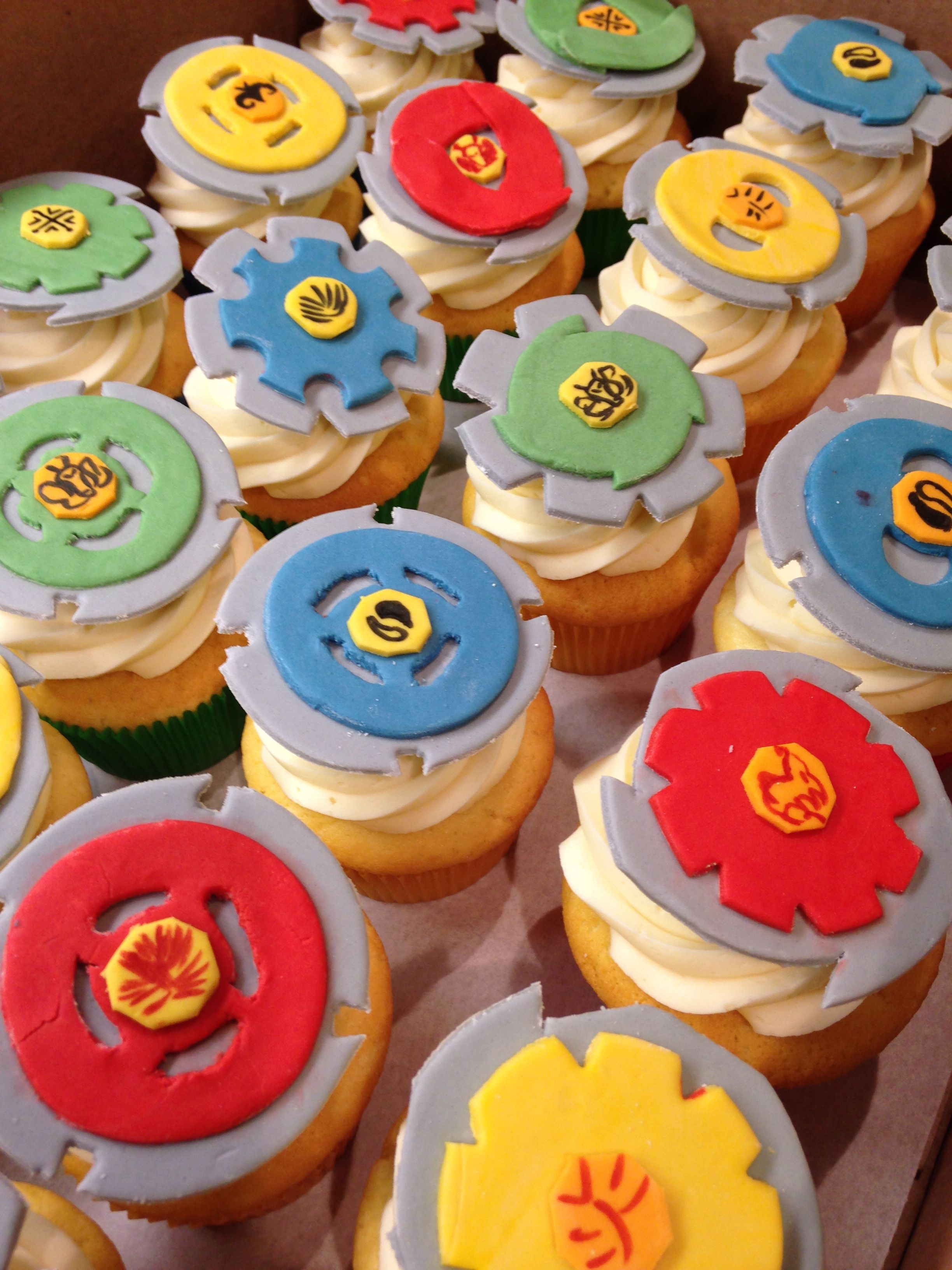 Beyblade cupcakes cupcakes pinterest birthdays cake for Anime beyblade cake topper decoration set
