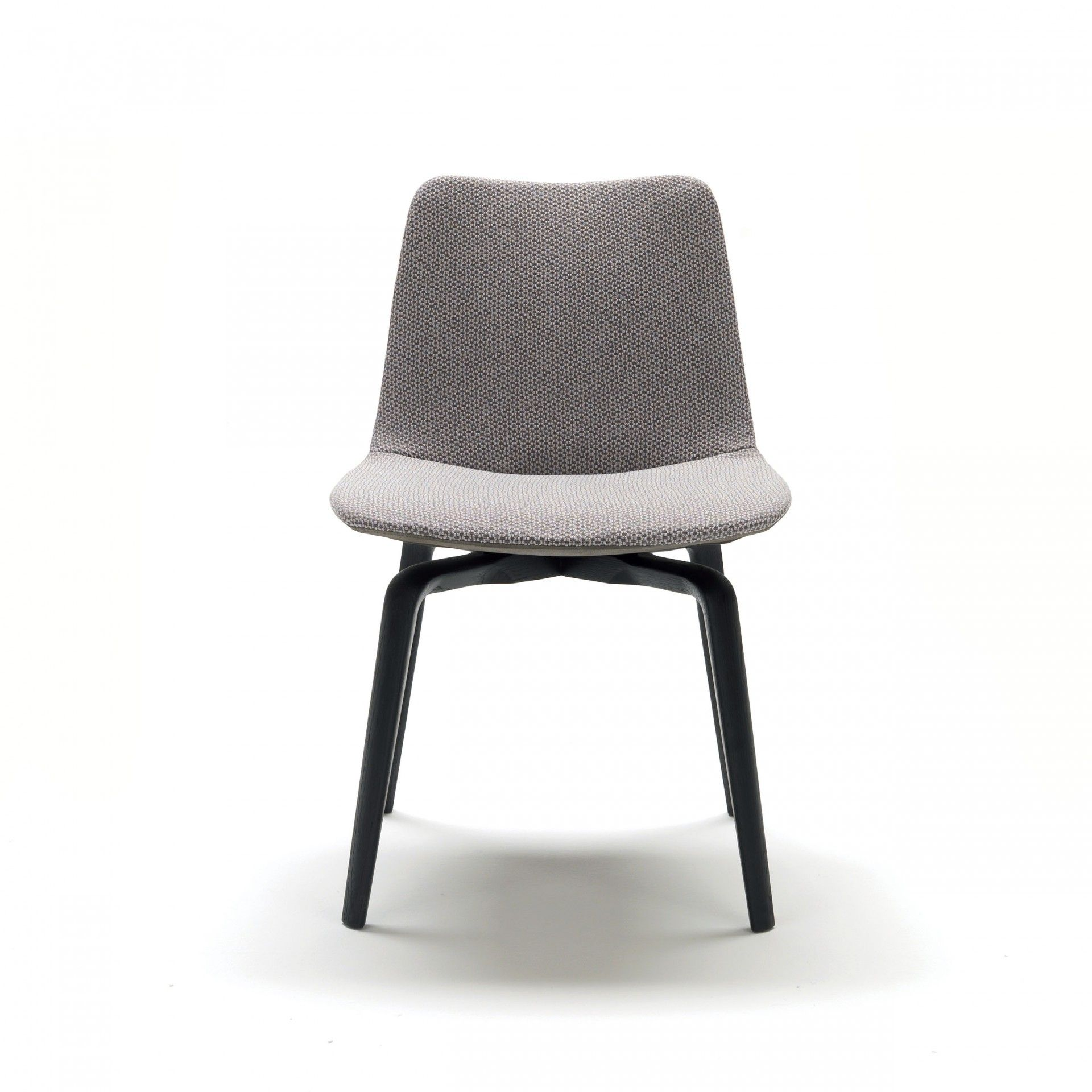 Body in cold-foamed polyurethane with non-removable cover in fabric, imitation leather and leather. The front of the chair can be covered in a different textile to the rear.