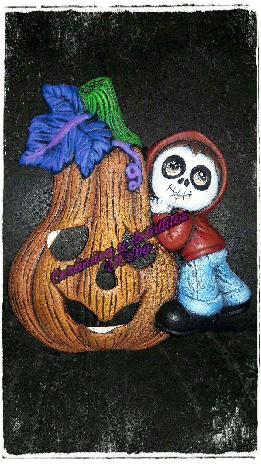 Miguel con calabaza de ceramica Adornos halloween