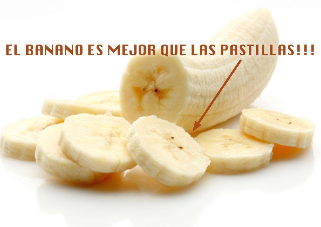 Hoy te decimos por que comer banano es mejor que tomar pastillas, son muchas las propiedades y los beneficios del banano y aquí te lo detallamos, sus altas cantidades de proteínas, vitaminas, sales minerales, bajo porcentaje de grasa y azúcar, lo hace uno de los alimentos que contiene mayor cantidad de nutrientes. El banano posee ...