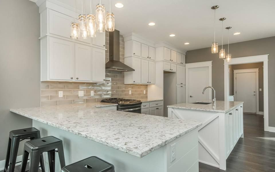 Best Alaska White Quartz White Granite White Granite Kitchen 640 x 480