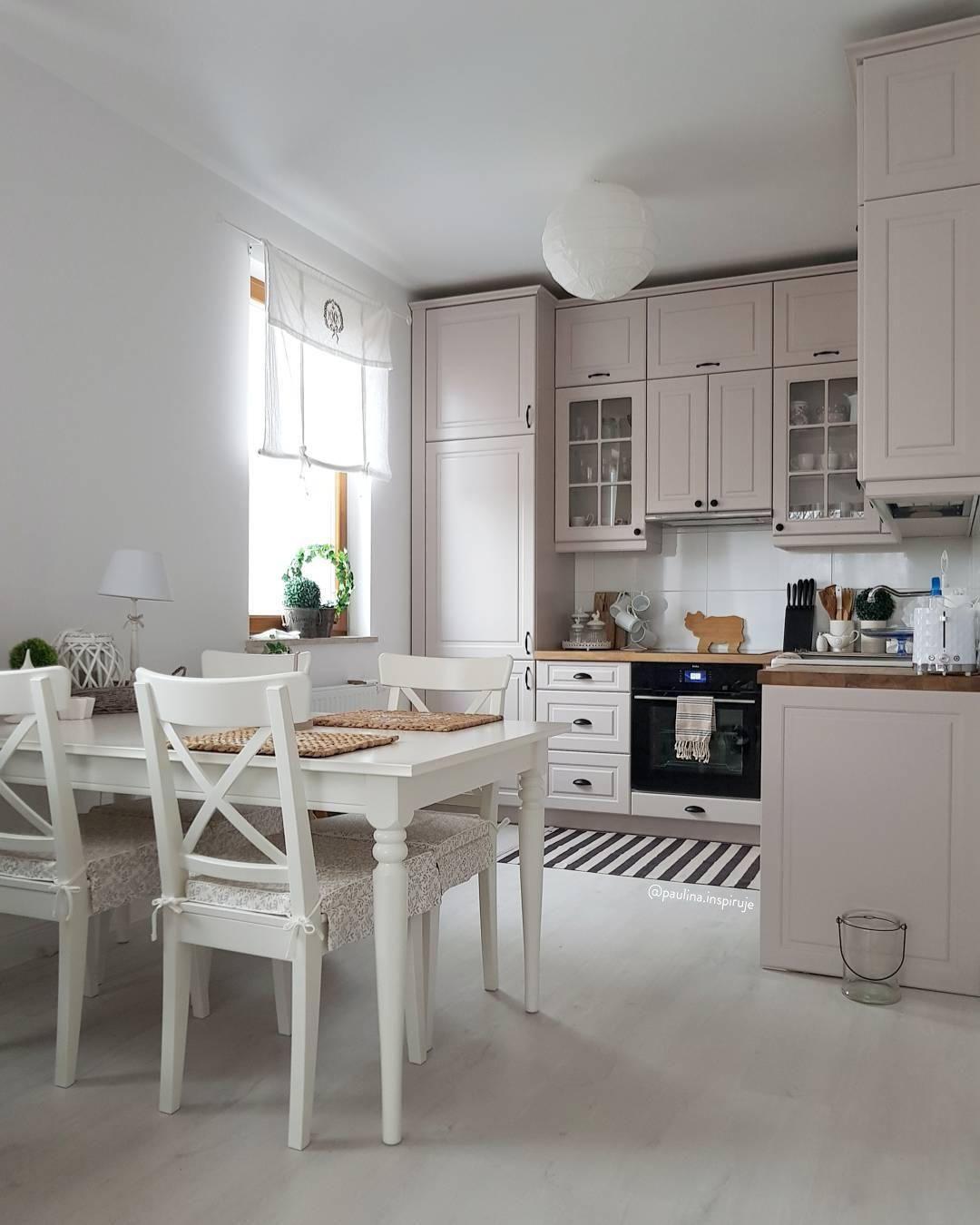 Mobiletto Sala Da Pranzo avere gli accessori e l'arredamento giusto per la cucina è