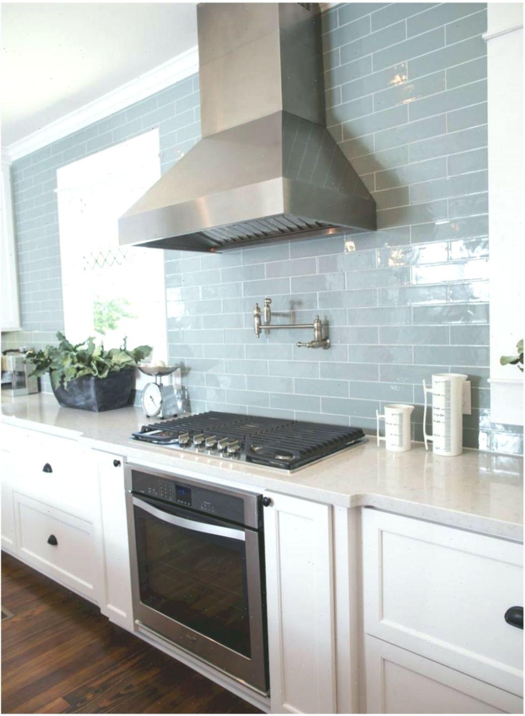 Stunning Backsplash Ideas for Neutral Color Kitchen # ...