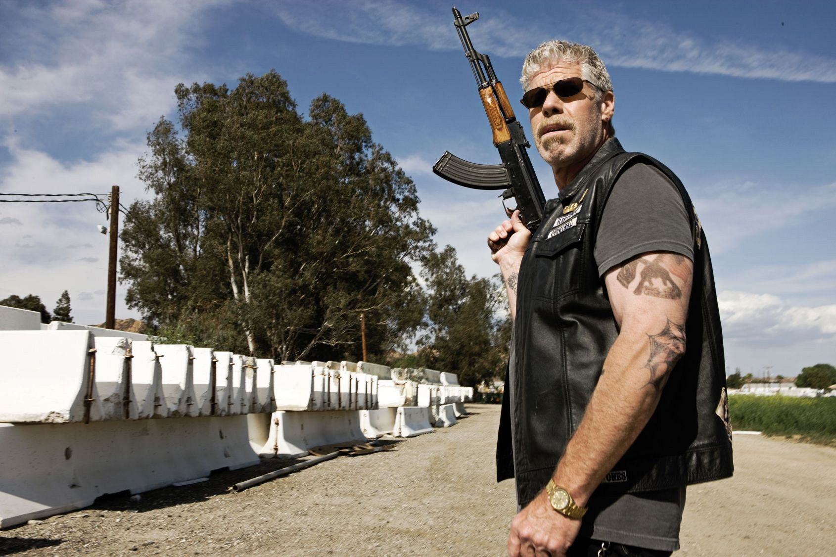 Gold Watches Here Are The Rules You Need To Apply Sons Of Anarchy Ron Perlman Anarchy