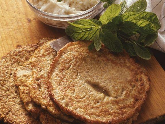 Roggenpfannkuchen mit Rettichsalat ist ein Rezept mit frischen Zutaten aus der Kategorie Pfannkuchen. Probieren Sie dieses und weitere Rezepte von EAT SMARTER!