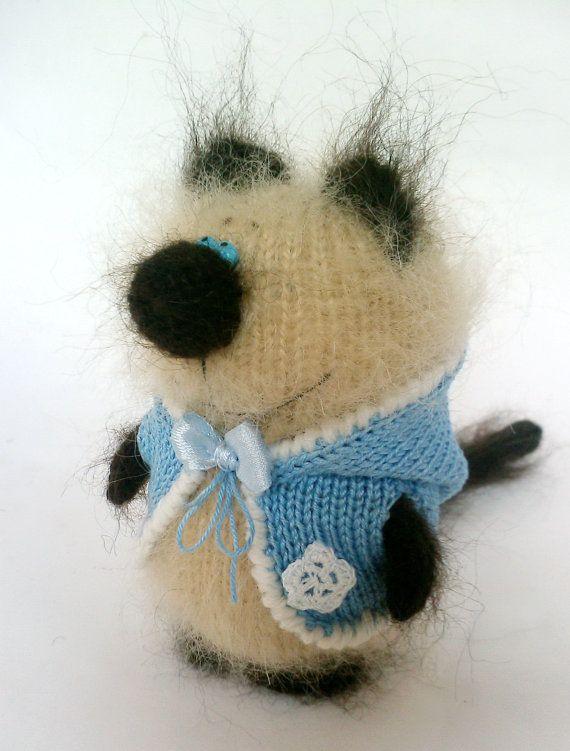 Kitten Siamese Knitted Miniature Amigurumi Pet от MiracleStore, $28.00