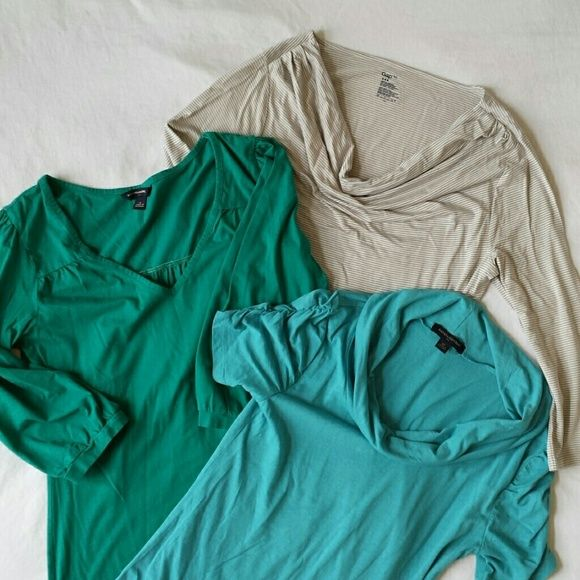 Lot of 3 Shirts Tops XS, S Banana Republic Gap Nice lot of 3 tops! 2 are XS and one is Small. Very good condition,  I see no holes or stains. Banana Republic Tops Blouses