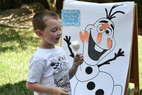 Pin the nose on Olaf - Frozen Party Pictures