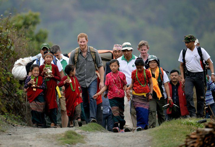 Pin for Later: The Best Pictures of the British Royals in 2016 — So Far! When Harry Visited Nepal