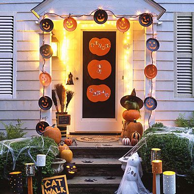top 10 cheap outdoor halloween decorations for budget decorators turn your yard and front porch into one haunting ground with these inexpensive outdoor - Front Door Halloween Decorations