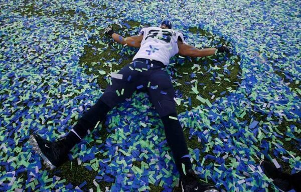 Malcolm Smith... Confetti angel. Just awesome.