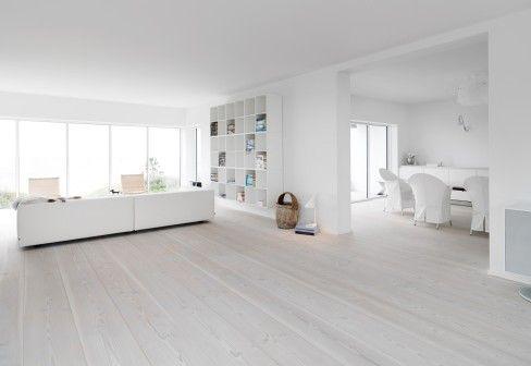 Das Haus des Zukunftsforschers | Wood floor colors, Living rooms and ...