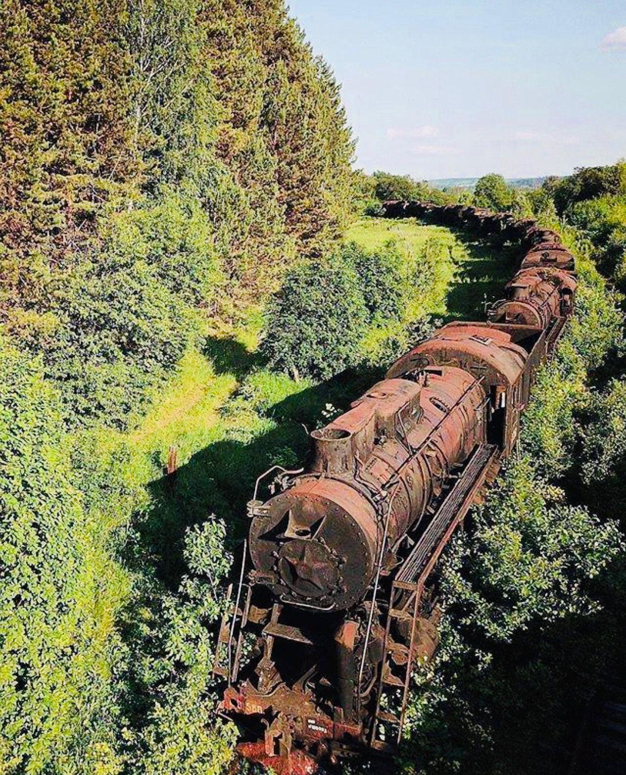 Abandoned Train, Abandoned Places, Abandoned