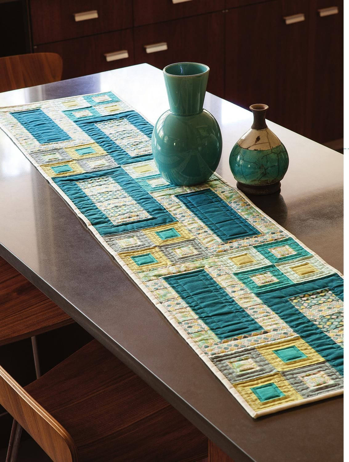 Easy Quilts Spring 2013 Modern Table Runners Quilted