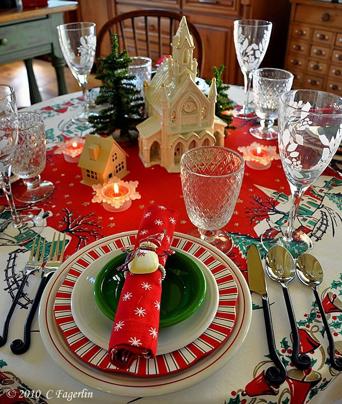 Littleroundtable Village Christmas Villages Christmas Dishes Christmas Dinner Plates