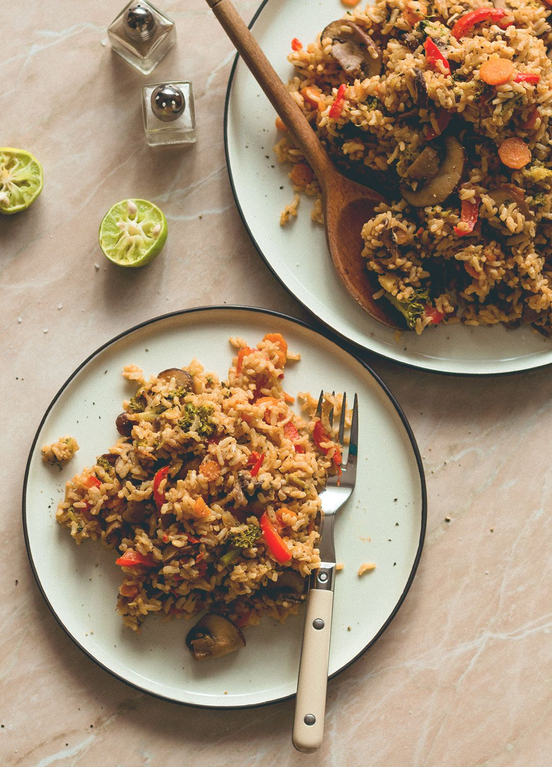Loaded Veggie Fried Rice - the most comforting, filling, hearty recipe. Made with brown rice, mushrooms, veggies, spices, and tamari almond butter dressing. (vegan, GF) | thehealthfulideas.com: