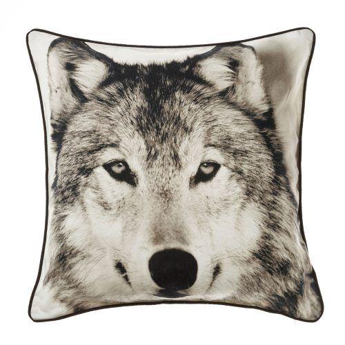 Safari Wolf