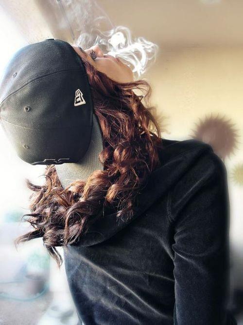 #Girl #NewEra #Smoke