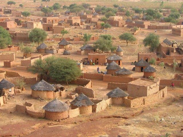 13 Ideeën Over Wallay Afrika Berghuizen Afrika Reizen