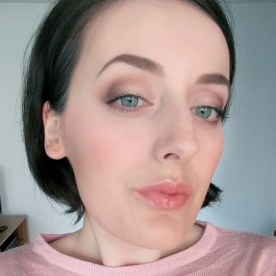 natural simple makeup look  makeup revolution palette