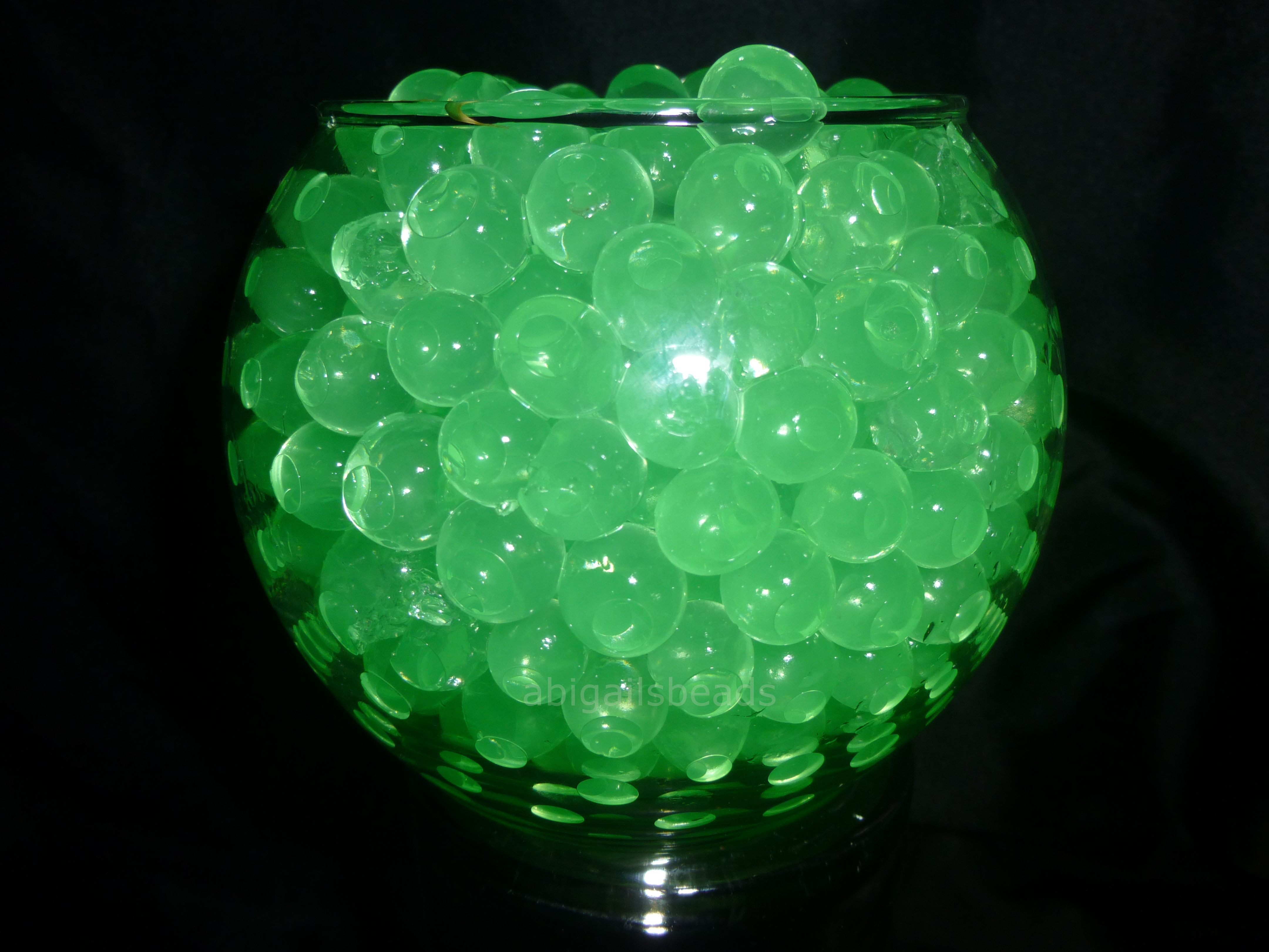 Green Water Beads Hydrated Absorbing Gel Magic Marble