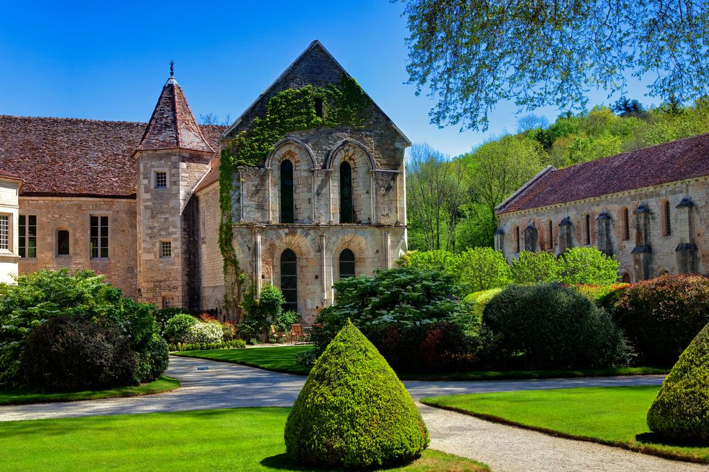 Fontenay Abbey, Burgundy, France (by Stan Parry)