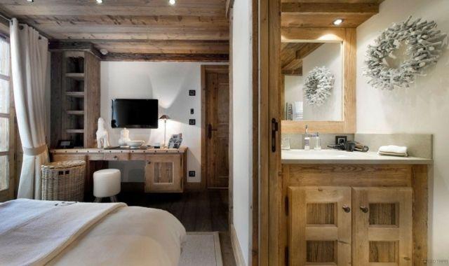 Schlafzimmer Einrichten Waschtisch Schminktisch Holzdecke ... Schlafzimmer Chalet