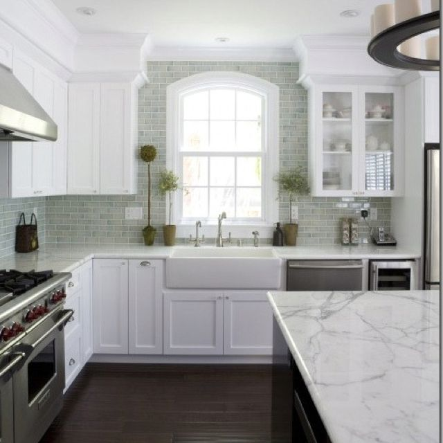 White Cabinets Marble Counters Dark Wood Floors Kitchen Design Kitchen Inspirations White Kitchen Design