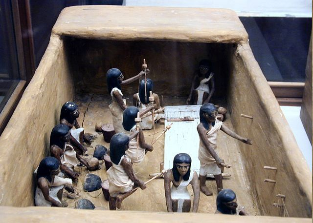 weaving studio diorama found in ancient egyptian tomb too cool