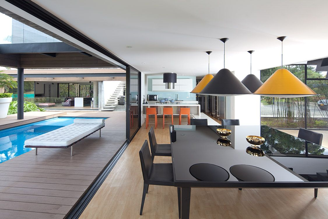 Contemporary Dining Room Brisa Dining Set Sando Barstool Zientte  # Muebles Zientte