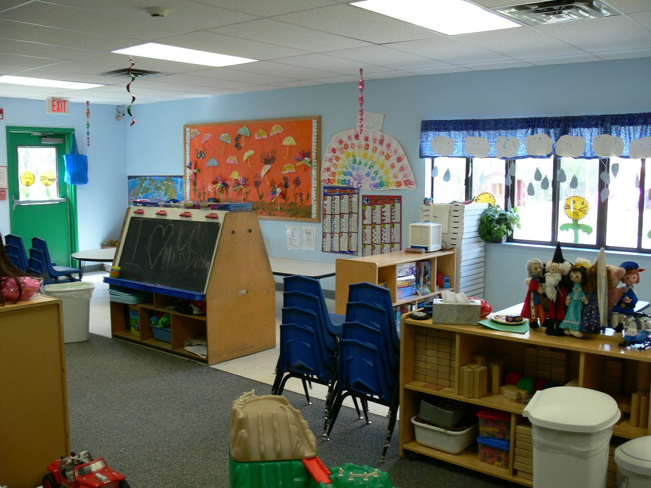 School Age Clroom Early Intervention Childhood Education Child Development Ideas