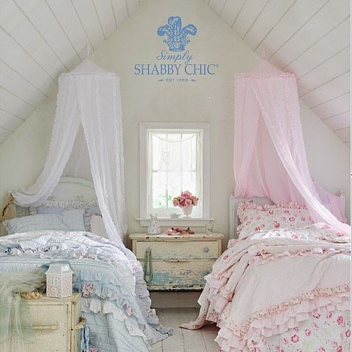 Prettiness for a princess simply shabby chic exclusively - Simply shabby chic bedroom furniture ...