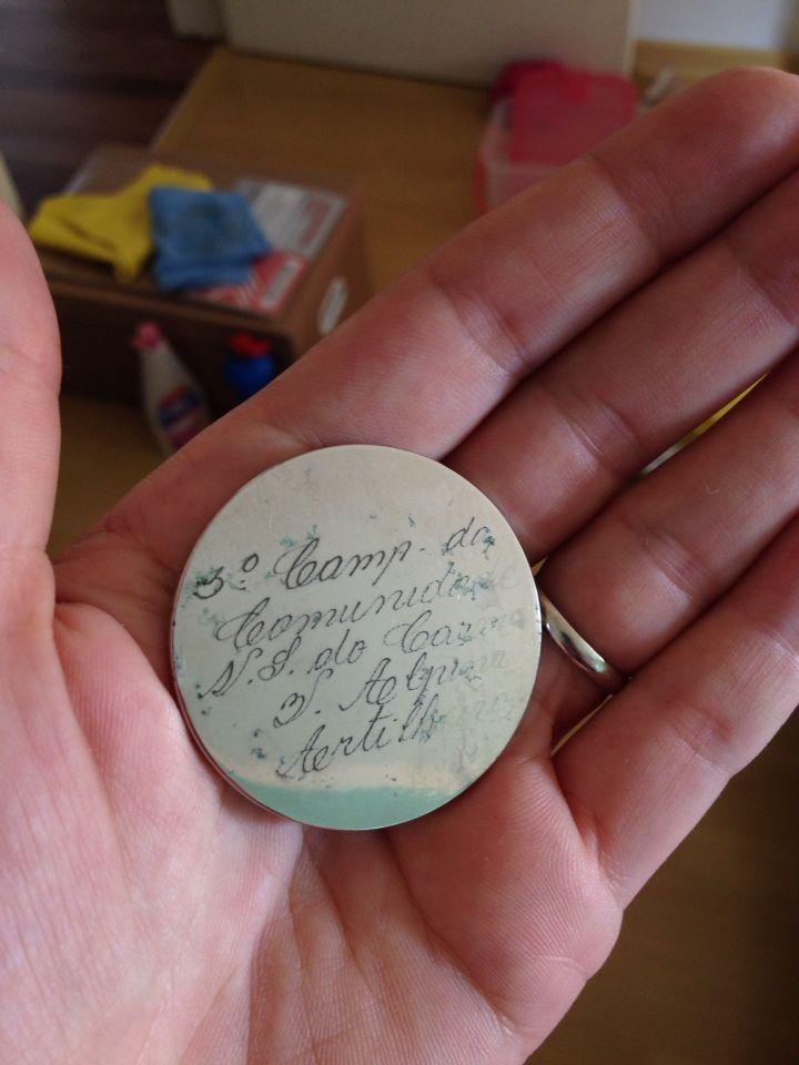 """a medalha do meu avô - no verso está escrito """"3o Camp. da Comunidade N. S. do Carmo - V. Alpina - Artilheiro"""""""