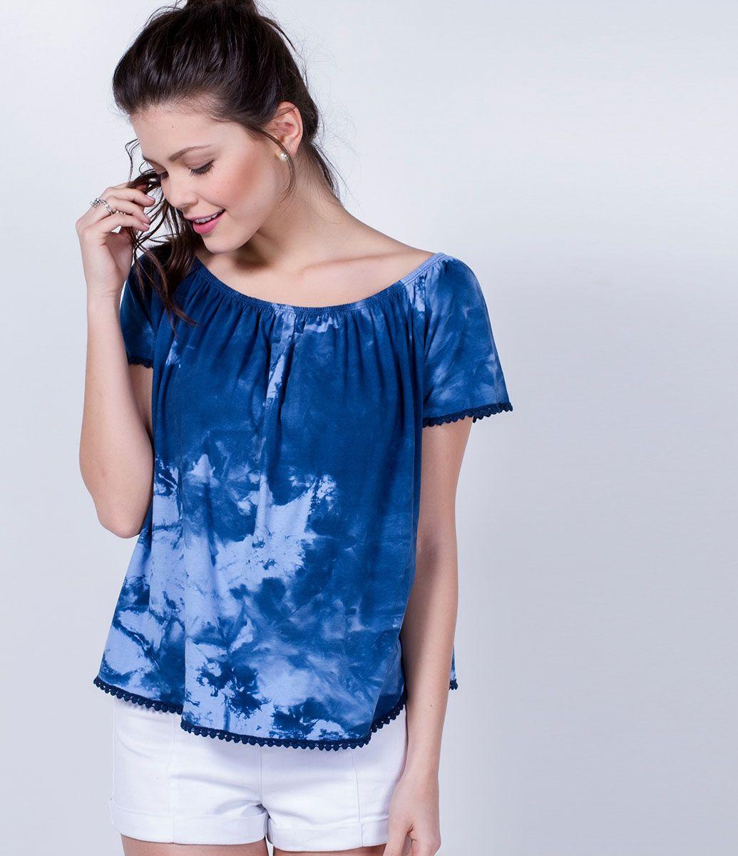 a5f6b0cd54 Blusa feminina Modelo bata Manga curta Marca  Blue Steel Tecido  malha  Composição  100% algodão Modelo veste tamanho  P COLEÇÃO VERÃO 2016 Veja  outras ...