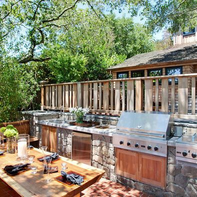 Outdoor Kitchen With The Privacy Wall Would Work Well In Our Space Outdoor Dining Spaces Outdoor Kitchen Design Outdoor Bbq