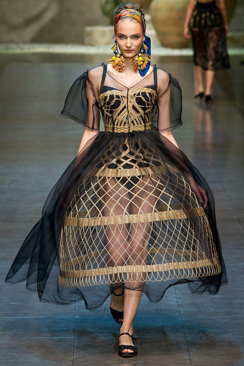 Dolce & Gabbana S/S 2013 - MFW