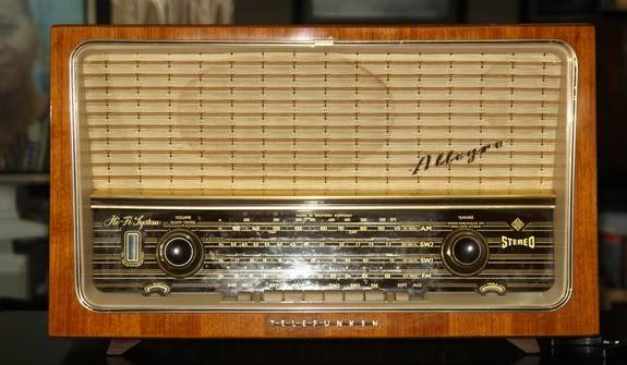 K O L E K S Ibarang Klasikantik Telefunken Tube Radio 5183 W